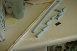 Keys for the silicone are made in pvc pipe.