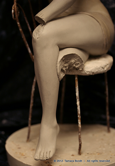 Leg has been removed to be refined and sculpted.